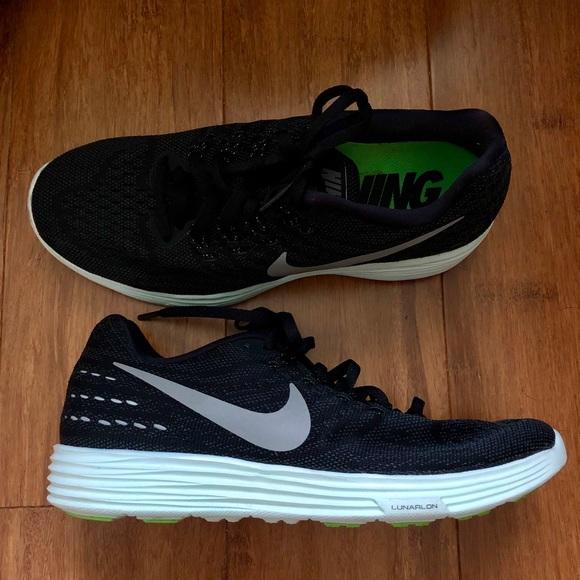buy online fd9b2 54454 Black Nike Lunartempo 2 Women s Sneakers. M 5b5e499f2e14789f092f8486